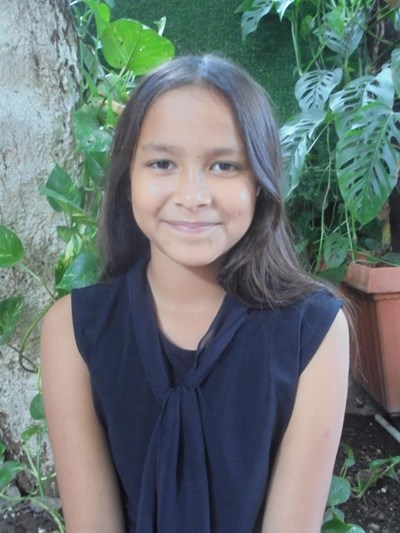Help Jade Nicol by becoming a child sponsor. Sponsoring a child is a rewarding and heartwarming experience.