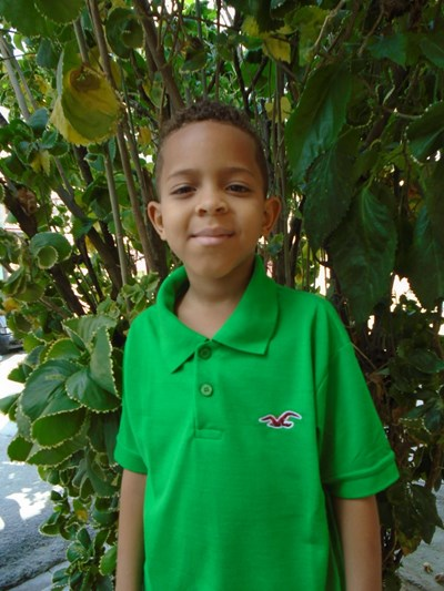 Help Ronald David by becoming a child sponsor. Sponsoring a child is a rewarding and heartwarming experience.