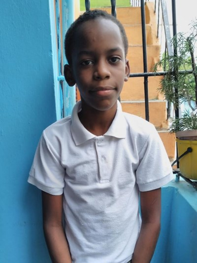 Help Jassel Elías by becoming a child sponsor. Sponsoring a child is a rewarding and heartwarming experience.