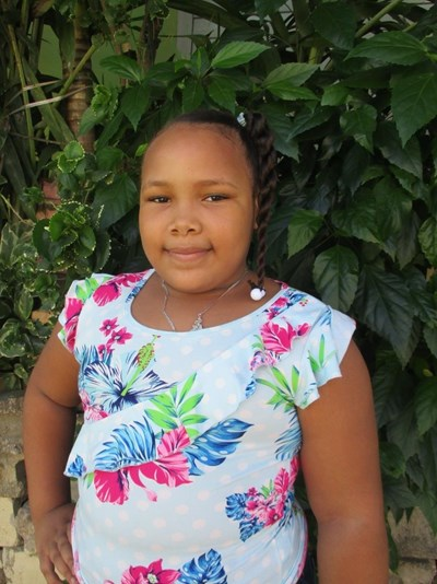 Help Wendy María by becoming a child sponsor. Sponsoring a child is a rewarding and heartwarming experience.