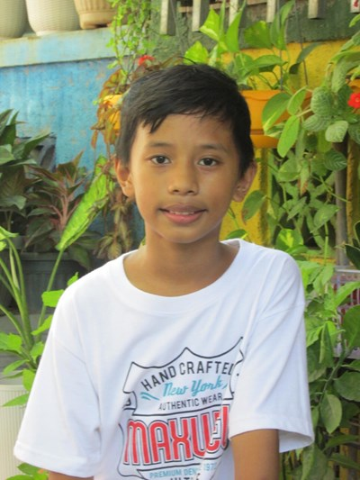 Help Carl Josh E. by becoming a child sponsor. Sponsoring a child is a rewarding and heartwarming experience.