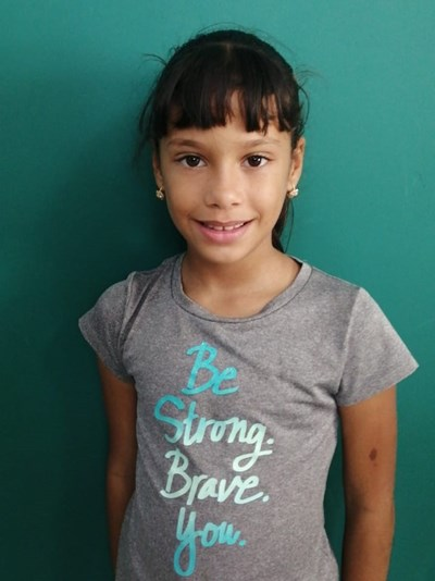 Help Joslainy by becoming a child sponsor. Sponsoring a child is a rewarding and heartwarming experience.