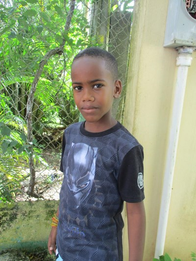 Help Urias by becoming a child sponsor. Sponsoring a child is a rewarding and heartwarming experience.