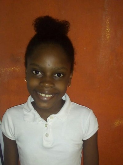 Help Yeimy by becoming a child sponsor. Sponsoring a child is a rewarding and heartwarming experience.