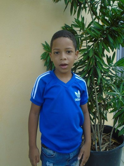 Help Jowell Eliesel by becoming a child sponsor. Sponsoring a child is a rewarding and heartwarming experience.