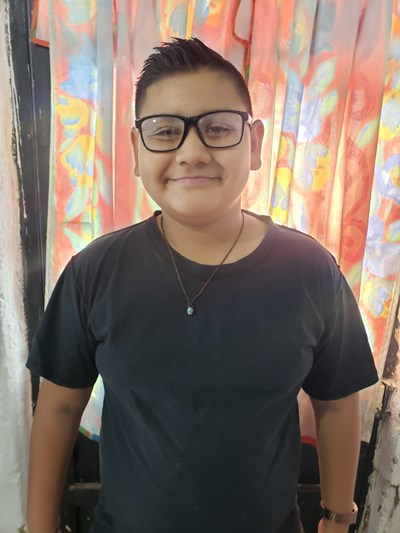 Help Jonathan Valentino by becoming a child sponsor. Sponsoring a child is a rewarding and heartwarming experience.