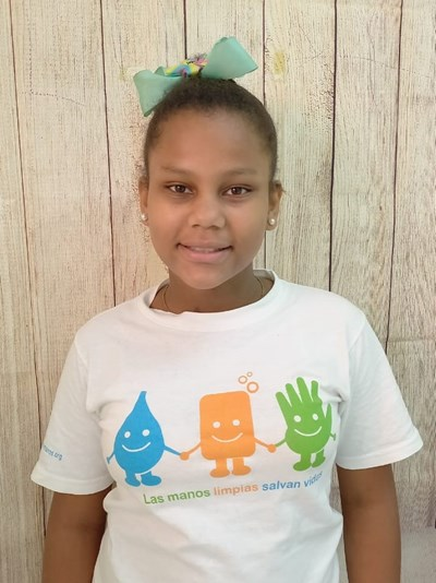 Help Lina María by becoming a child sponsor. Sponsoring a child is a rewarding and heartwarming experience.
