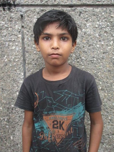 Help Sher by becoming a child sponsor. Sponsoring a child is a rewarding and heartwarming experience.