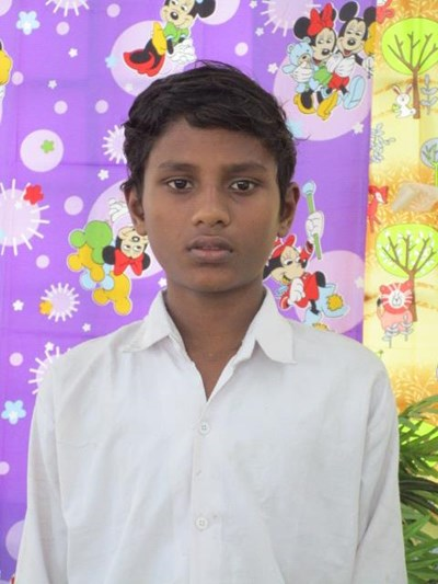 Help Mithlesh by becoming a child sponsor. Sponsoring a child is a rewarding and heartwarming experience.