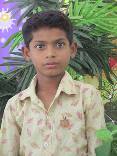 Help Sohan by becoming a child sponsor. Sponsoring a child is a rewarding and heartwarming experience.