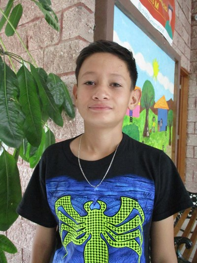 Help Victor Manuel by becoming a child sponsor. Sponsoring a child is a rewarding and heartwarming experience.