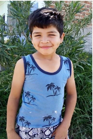 Help Juan Ramón by becoming a child sponsor. Sponsoring a child is a rewarding and heartwarming experience.