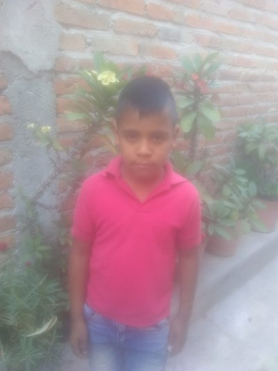 Help Oscar De Jesús by becoming a child sponsor. Sponsoring a child is a rewarding and heartwarming experience.