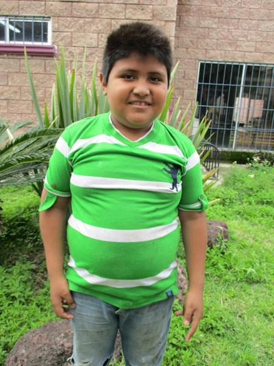 Help Alejandro by becoming a child sponsor. Sponsoring a child is a rewarding and heartwarming experience.