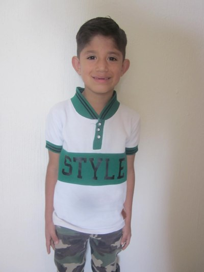 Help Iker Neimar by becoming a child sponsor. Sponsoring a child is a rewarding and heartwarming experience.