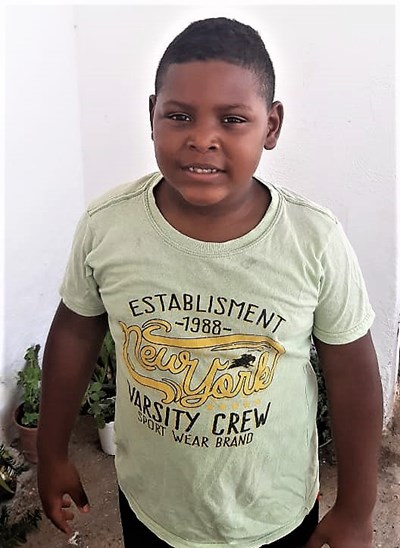 Help Yailer Jose by becoming a child sponsor. Sponsoring a child is a rewarding and heartwarming experience.