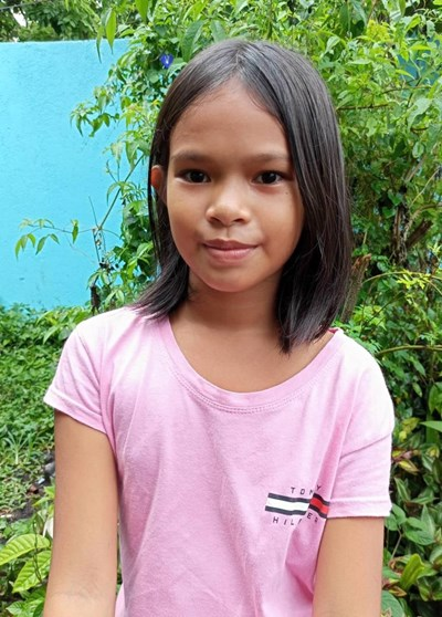 Help Noreen B. by becoming a child sponsor. Sponsoring a child is a rewarding and heartwarming experience.