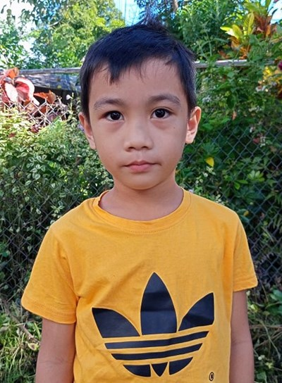 Help Dainiel P. by becoming a child sponsor. Sponsoring a child is a rewarding and heartwarming experience.