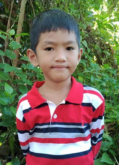Help Mhico Samuel B. by becoming a child sponsor. Sponsoring a child is a rewarding and heartwarming experience.