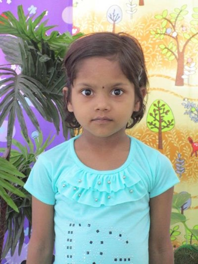 Help Gitanjali by becoming a child sponsor. Sponsoring a child is a rewarding and heartwarming experience.