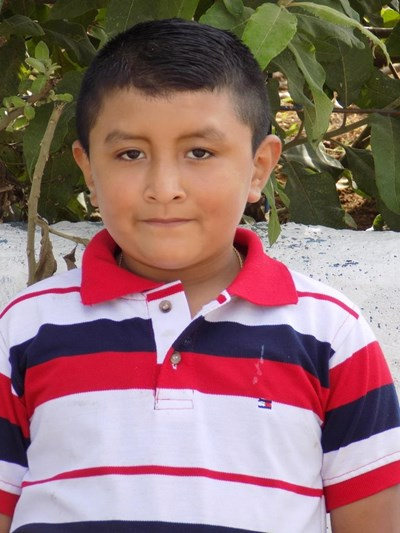 Help Andres De Jesus by becoming a child sponsor. Sponsoring a child is a rewarding and heartwarming experience.