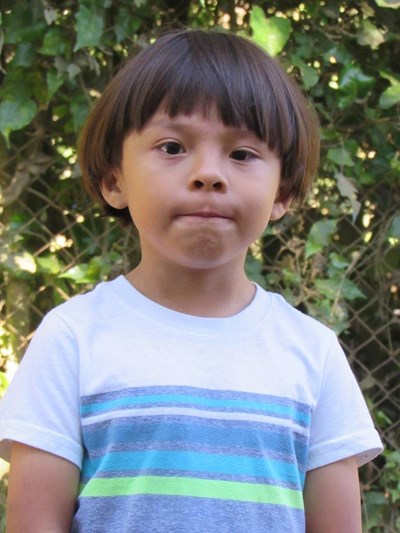 Help Brandon Izaias by becoming a child sponsor. Sponsoring a child is a rewarding and heartwarming experience.