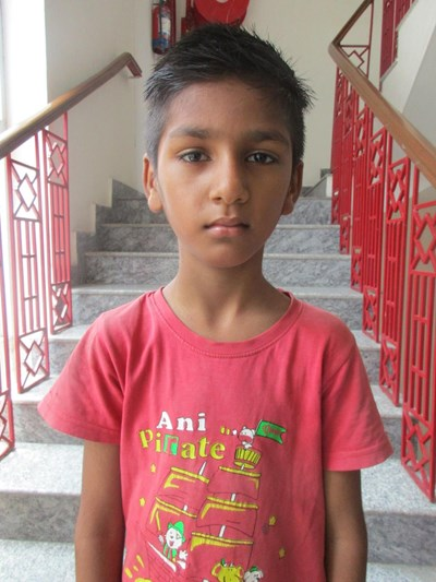 Help Karan by becoming a child sponsor. Sponsoring a child is a rewarding and heartwarming experience.