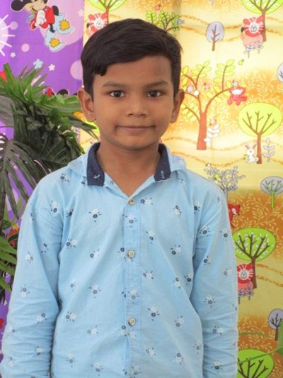 Help Harish by becoming a child sponsor. Sponsoring a child is a rewarding and heartwarming experience.