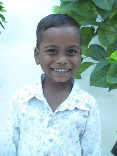 Help Mayank by becoming a child sponsor. Sponsoring a child is a rewarding and heartwarming experience.