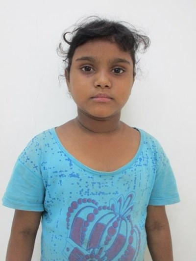Help Aakansha by becoming a child sponsor. Sponsoring a child is a rewarding and heartwarming experience.