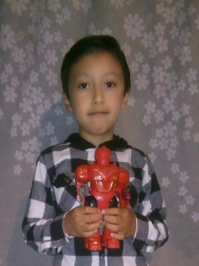Help Anthony Mauricio by becoming a child sponsor. Sponsoring a child is a rewarding and heartwarming experience.