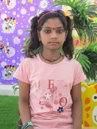 Help Nensi by becoming a child sponsor. Sponsoring a child is a rewarding and heartwarming experience.