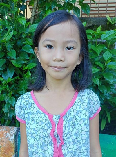 Help Jennifer C. by becoming a child sponsor. Sponsoring a child is a rewarding and heartwarming experience.
