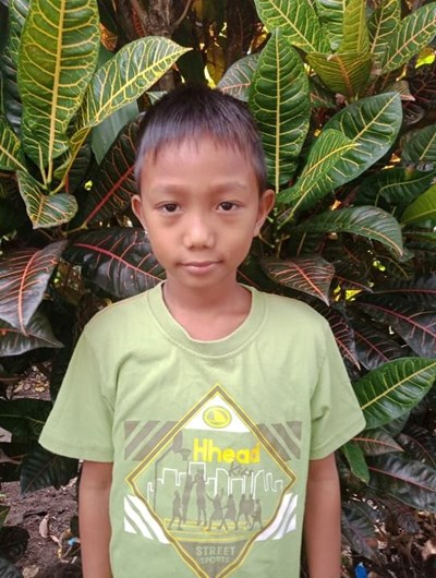 Help Mickael G. by becoming a child sponsor. Sponsoring a child is a rewarding and heartwarming experience.