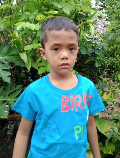 Help Renz Carlo M. by becoming a child sponsor. Sponsoring a child is a rewarding and heartwarming experience.