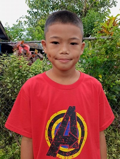 Help Norjames Ll. by becoming a child sponsor. Sponsoring a child is a rewarding and heartwarming experience.