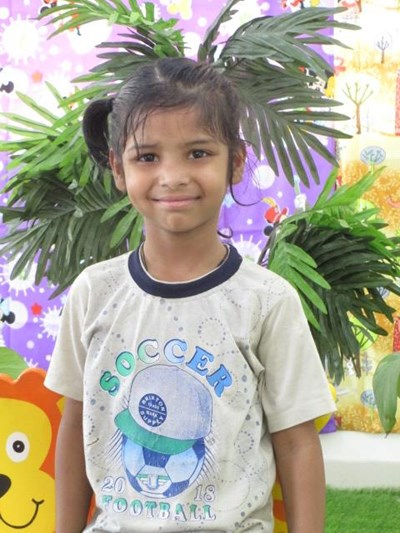 Help Afrin by becoming a child sponsor. Sponsoring a child is a rewarding and heartwarming experience.
