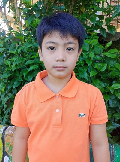 Help Dhen Axel H. by becoming a child sponsor. Sponsoring a child is a rewarding and heartwarming experience.