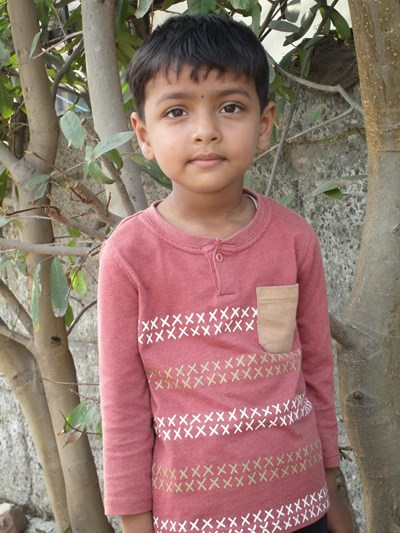 Help Aalisha by becoming a child sponsor. Sponsoring a child is a rewarding and heartwarming experience.