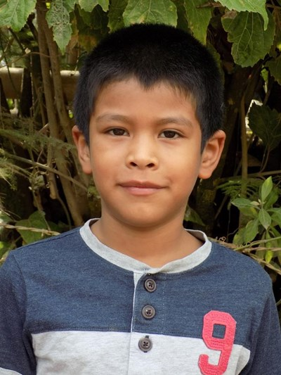 Help Gelber Tiodoro by becoming a child sponsor. Sponsoring a child is a rewarding and heartwarming experience.