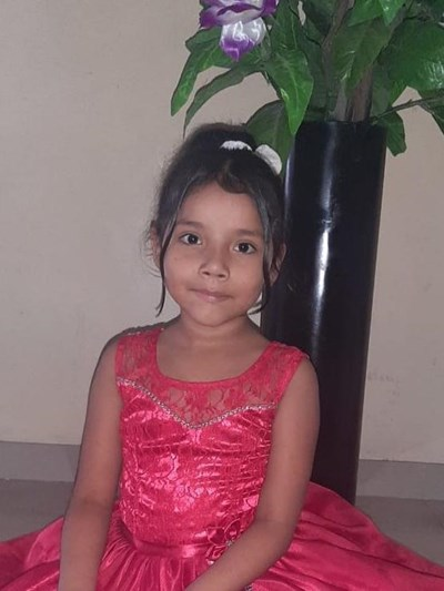 Help Melanie Dayana by becoming a child sponsor. Sponsoring a child is a rewarding and heartwarming experience.