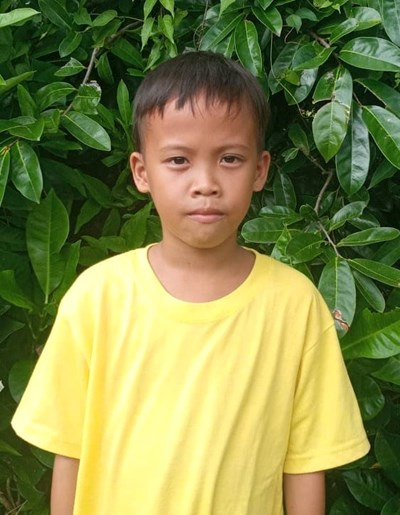 Help John Rey B. by becoming a child sponsor. Sponsoring a child is a rewarding and heartwarming experience.