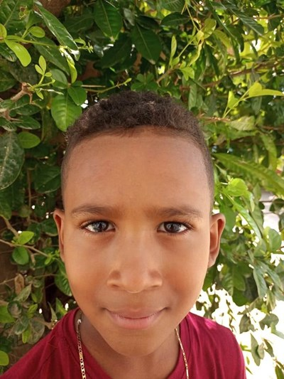 Help Weiner Jose by becoming a child sponsor. Sponsoring a child is a rewarding and heartwarming experience.