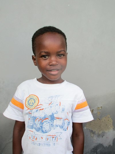 Help Febiano by becoming a child sponsor. Sponsoring a child is a rewarding and heartwarming experience.