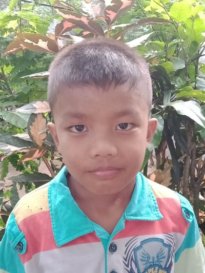 Help Jhecob L. by becoming a child sponsor. Sponsoring a child is a rewarding and heartwarming experience.