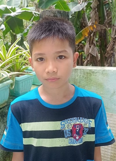 Help Mart James R. by becoming a child sponsor. Sponsoring a child is a rewarding and heartwarming experience.