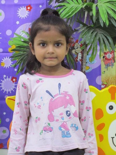 Help Afreen by becoming a child sponsor. Sponsoring a child is a rewarding and heartwarming experience.