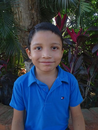 Help William Isai by becoming a child sponsor. Sponsoring a child is a rewarding and heartwarming experience.
