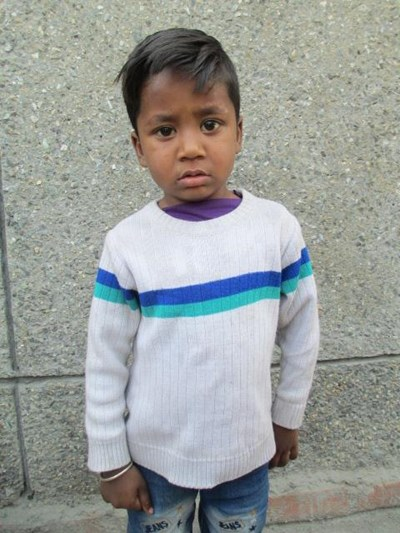 Help Mohit by becoming a child sponsor. Sponsoring a child is a rewarding and heartwarming experience.