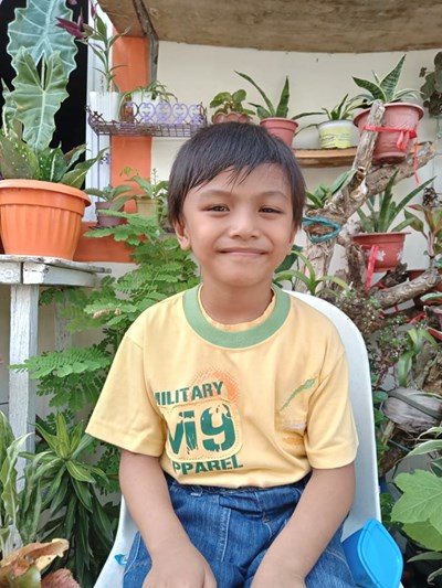 Help Nathan Ross L. by becoming a child sponsor. Sponsoring a child is a rewarding and heartwarming experience.